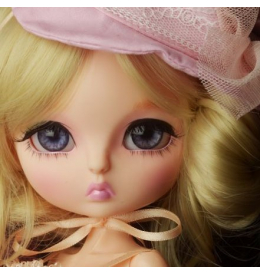 Лукиа Ведьмочка в розовом - коллекционная кукла БЖД