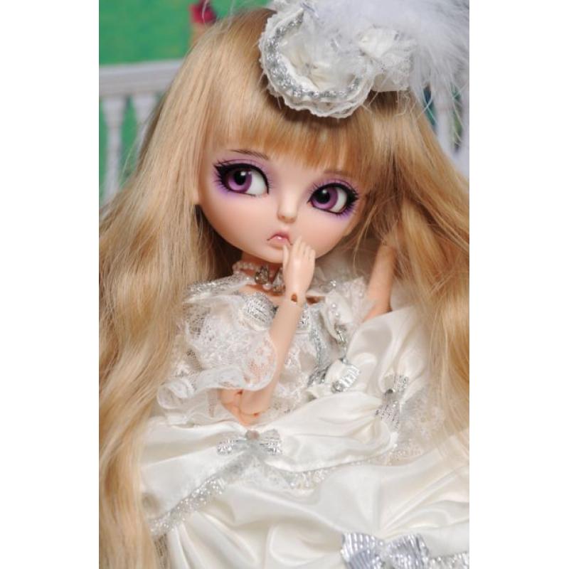 Neo Lukia Doll - White Swan - LE30