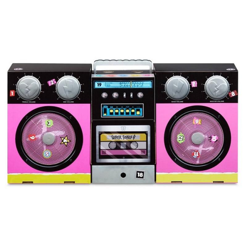 L.O.L. Surprise! O.M.G. Remix Super Surprise with 4 O.M.G. Dolls